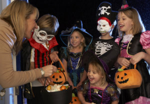 Larwin Square Dentistry - Tustin, CA - Halloween Dental Tips